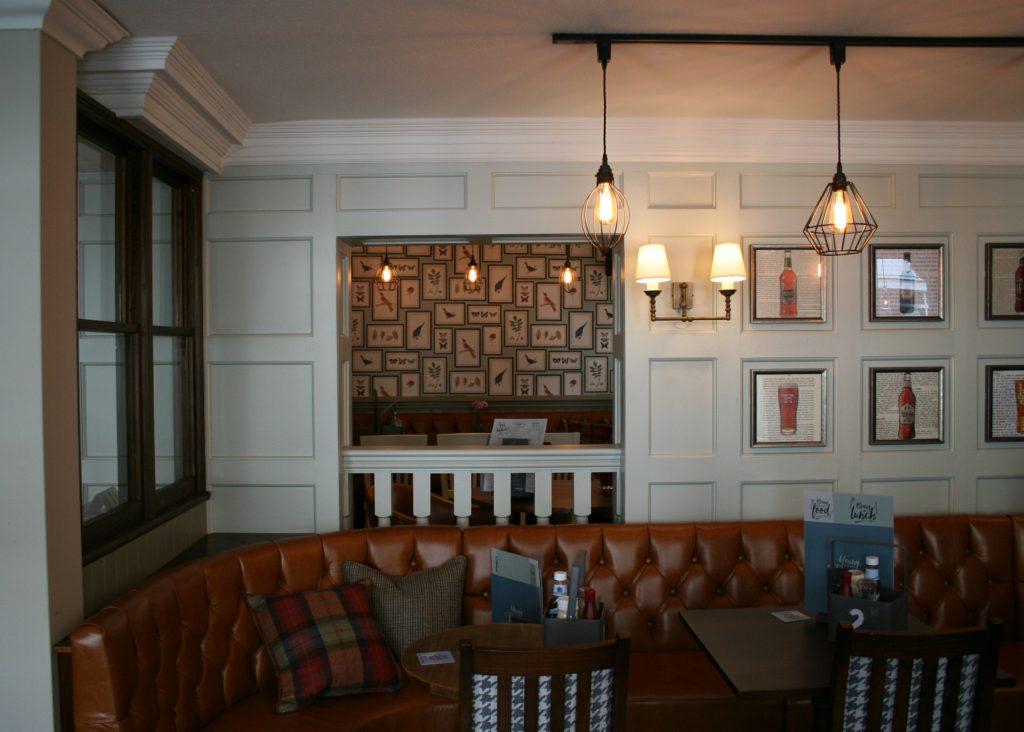 Kings Arms Pub bury St Edmunds dining tables