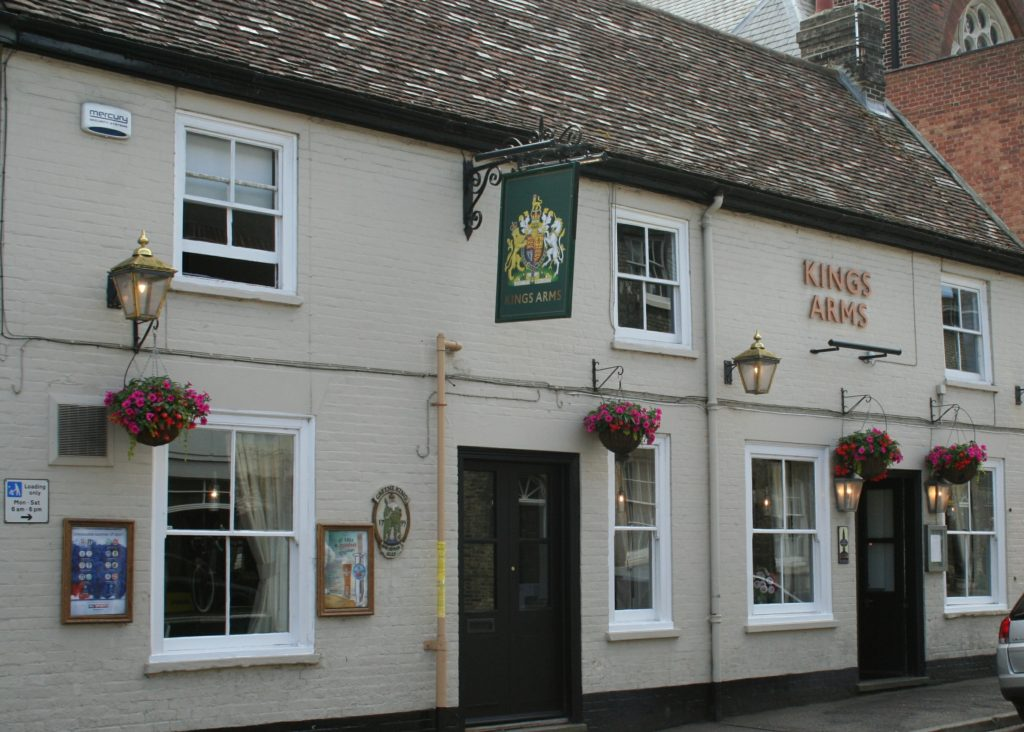 Kings Arms Pub bury St Edmunds pub exterior